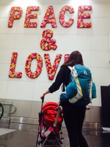 sra-HdLR-peace-and-love-miami-airport